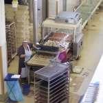 školská exkurzia - ukážka výroby v čokoládovej fabrike